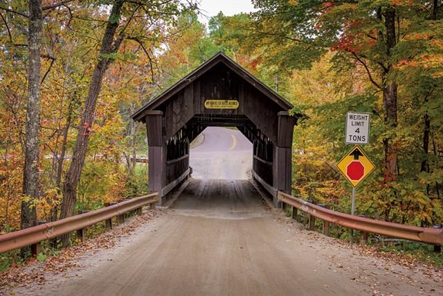Emily's Bridge - © SEAN PAVONE | DREAMSTIME.COM