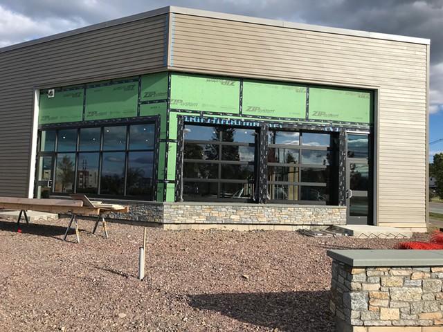 Williston site where the  Farmhouse Tap & Grill had planned to open - SALLY POLLAK ©️ SEVEN DAYS