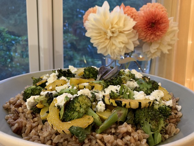 Farro with roasted squash and broccoli and sage-brown butter dressing - MELISSA PASANEN ©️ SEVEN DAYS