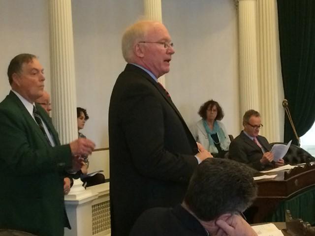 Sen. Kevin Mullin (R-Rutland) defends paid leave bill. - NANCY REMSEN
