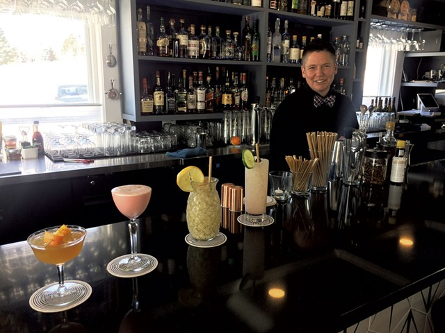 Lee Kinsey with cocktails at Blackbird Bistro in 2019 - FILE: MOLLY ZAPP