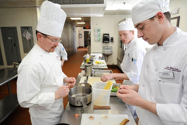 Chef-instructor David Parson and students Jackson Person, right, and Aidan Murch in a Sensory Analysis class in 2014 - FILE: JEB WALLACE-BRODEUR