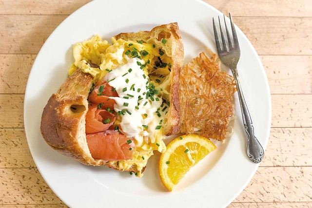 Popover breakfast with scrambled eggs, lemon-shallot crème fraîche and smoked salmon - OLIVER PARINI