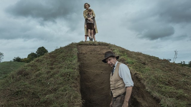 GROUNDED Fiennes and Mulligan star in a refreshingly low-key period piece about a landmark archaeological find. - COURTESY