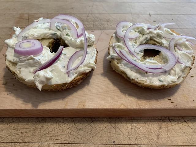 Rosemary-sea salt bagel with scallion cream cheese - SALLY POLLAK ©️ SEVEN DAYS