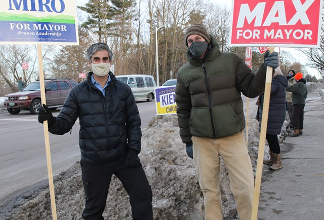 Candidates Miro Weinberger (left) and Max Tracy at a honk-and-wave Friday evening - COURTNEY LAMDIN ©️ SEVEN DAYS