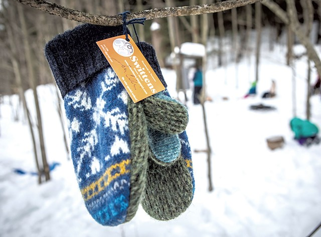 A pair of Jen Ellis mittens - LUKE AWTRY