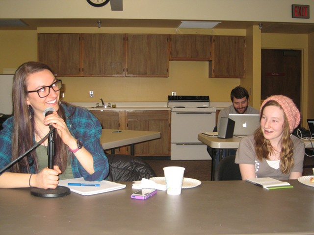 Aliya Schneider (left) and Catie Macauley sharing their punchlines - KYMELYA SARI