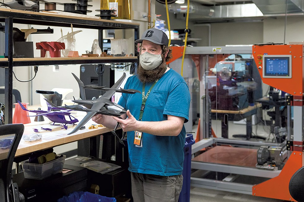 Benjamin Colbourn making scaled models of the Alia aircraft with a 3D printer - OLIVER PARINI