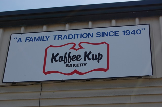 Koffee Kup in Burlington - MATTHEW ROY ©️ SEVEN DAYS
