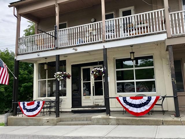South Mountain Tavern - JORDAN BARRY