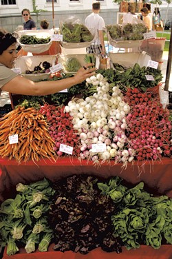 Burlington Farmers Market - FILE: MATTHEW THORSEN