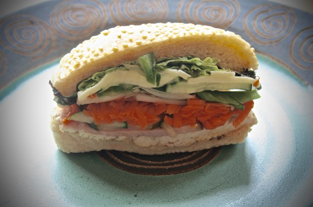 Ham, turkey and cheese sandwich - SUZANNE PODHAIZER