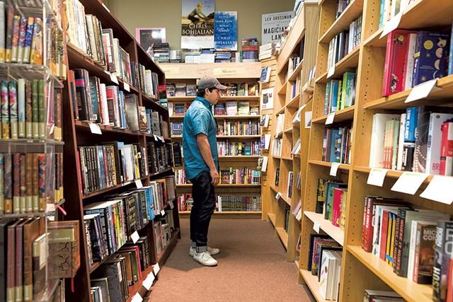 Phoenix Books Burlington - FILE: OLIVER PARINI