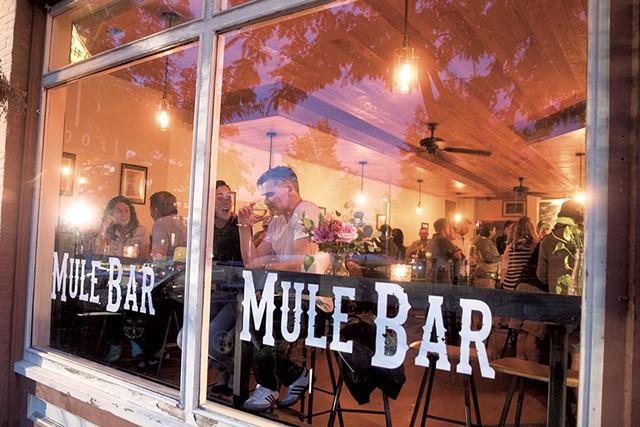 Mule Bar - JAMES BUCK