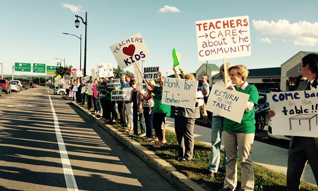Burlington teachers picketing Tuesday. - MOLLY WALSH/SEVEN DAYS