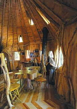 Russ Bennett in his Moretown tree house - JEB WALLACE-BRODEUR