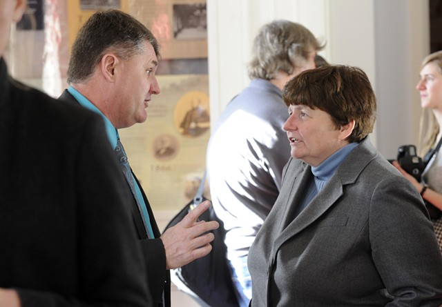 Rep. Don Turner speaks with Treasurer Beth Pearce - FILE: JEB WALLACE-BRODEUR