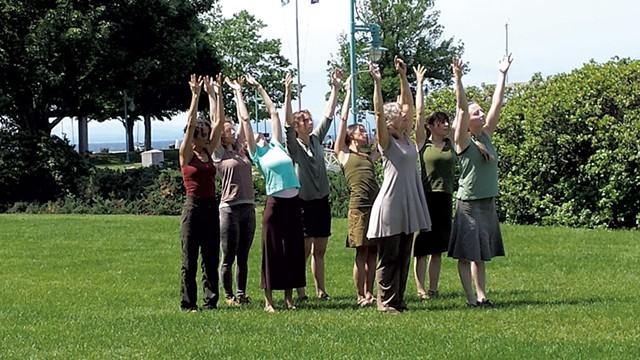 Dancers at the waterfront - ELIZABETH M.  SEYLER