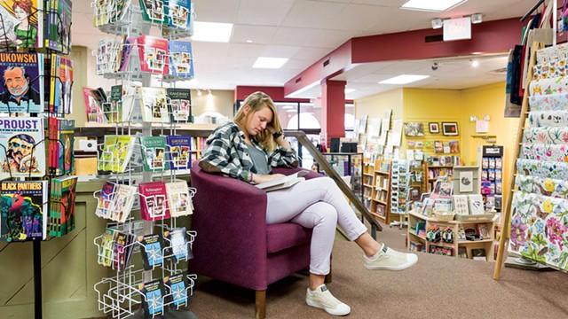 Phoenix Books - OLIVER PARINI