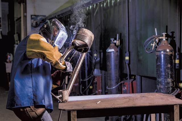 An instructor working at the Advanced Welding Institute - OLIVER PARINI