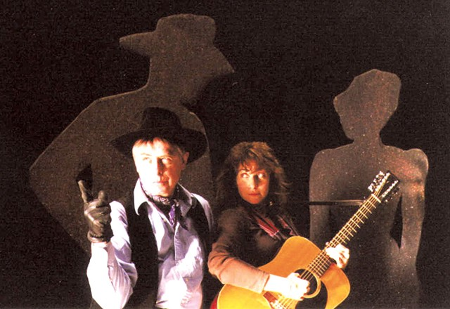 Bent and Keenan in Gunslinger, 1984 - COURTESY OF SUSAN LANG/LOST NATION THEATER
