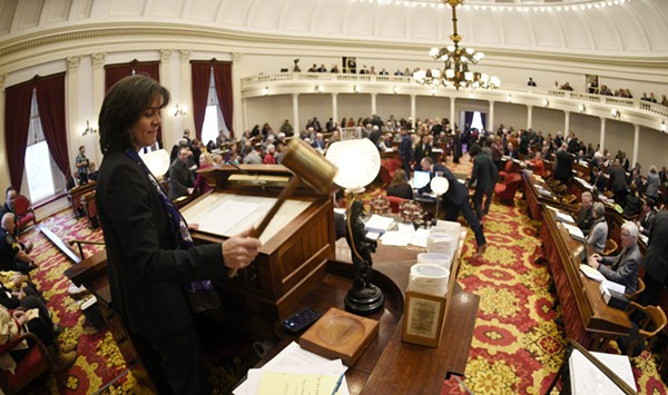 Vermont House Votes to Override Minimum Wage Veto