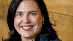 Opera Singer Helen Lyons Adds Radio DJ to Her Résumé