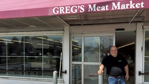 Greg's Market to Reopen in Middlebury
