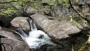 Vermonting: Waterfalls and Hoagies Around the Appalachian Gap