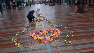 A Flower Display in Burlington Honored the COVID-19 Dead