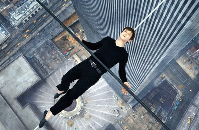 THE CABLE GUY: Joseph Gordon-Levitt plays French aerialist Philippe Petit in  Zemeckis' digital re-creation of history's most audacious balancing act.