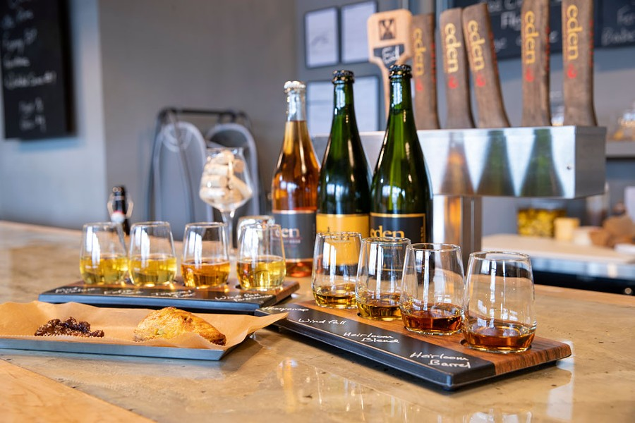 Heritage and ice cider flights with a curried-vegetable hand pie at Eden Specialty Ciders Boutique Taproom & Cheese Bar - JAMES BUCK