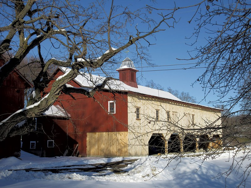 The Big Barn at Clemmons Family Farm - AMY LILLY