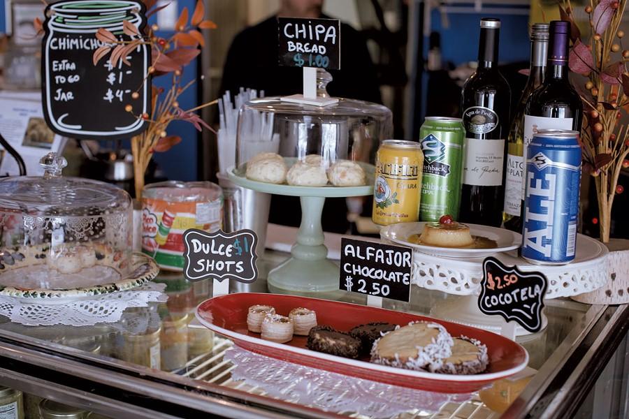 Dale Boca Café - LUKE  AWTRY