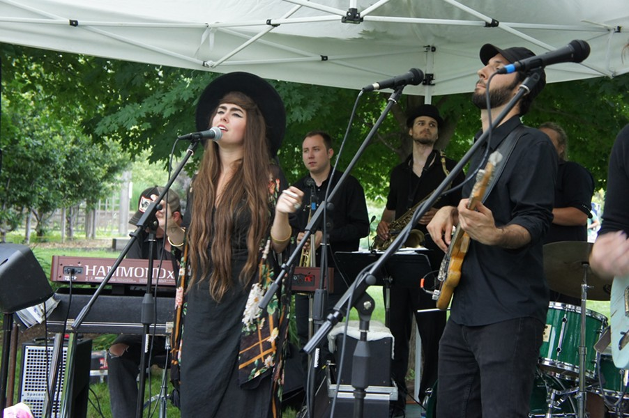 Kat Wright & the Indomitable Soul Band gettin' down at Summervale - VICTORIA CASSAR