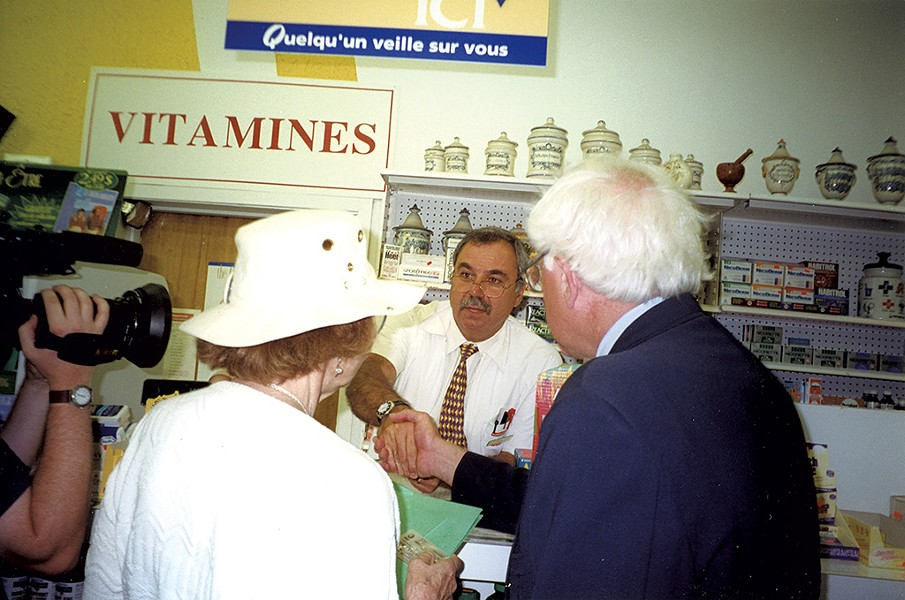 Ruthmary Jeffries and Bernie Sanders greet pharmacist Kevork Ohanian in Montréal - COURTESY OF BERNIE 2020