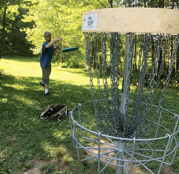 Center Chains Disc Golf Course - JOHN JAMES