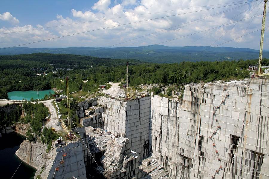 Barre — not just quarries anymore - © LIZ VAN STEENBURGH | DREAMSTIME.COM
