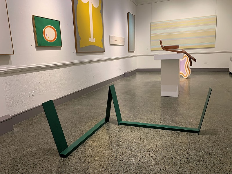 """Color Fields"" installation view, with ""Green Sleeper"" by Anthony Caro in foreground - AMY LILLY"