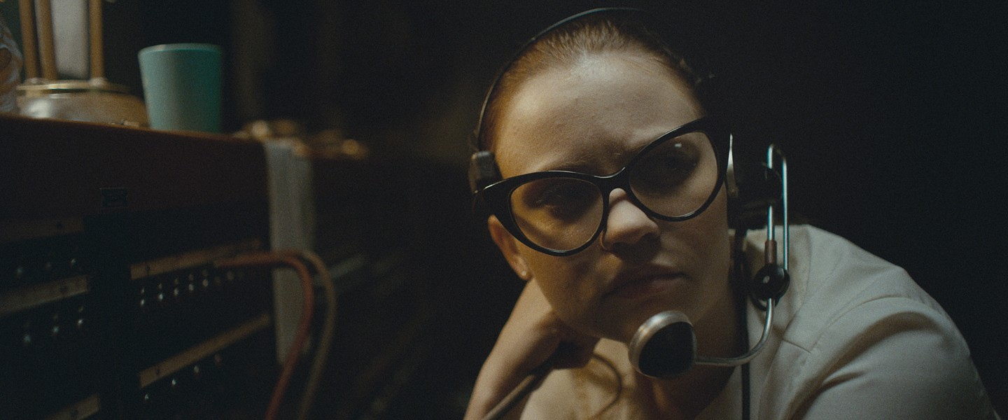Sierra McCormick as a teen switchboard operator in The Vast of Night - COURTESY OF AMAZON STUDIOS