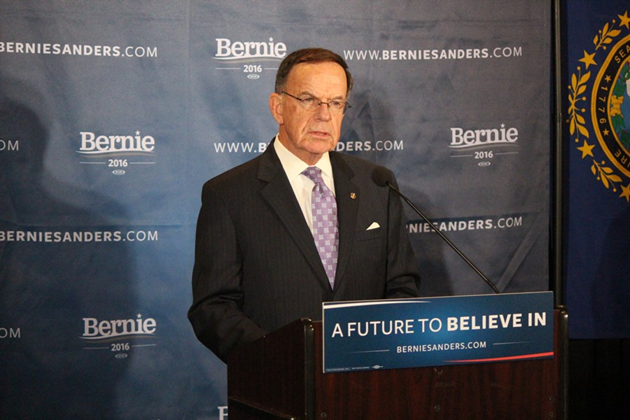 Former senator Paul Kirk endorses Sanders Thursday at Dartmouth College. - PAUL HEINTZ