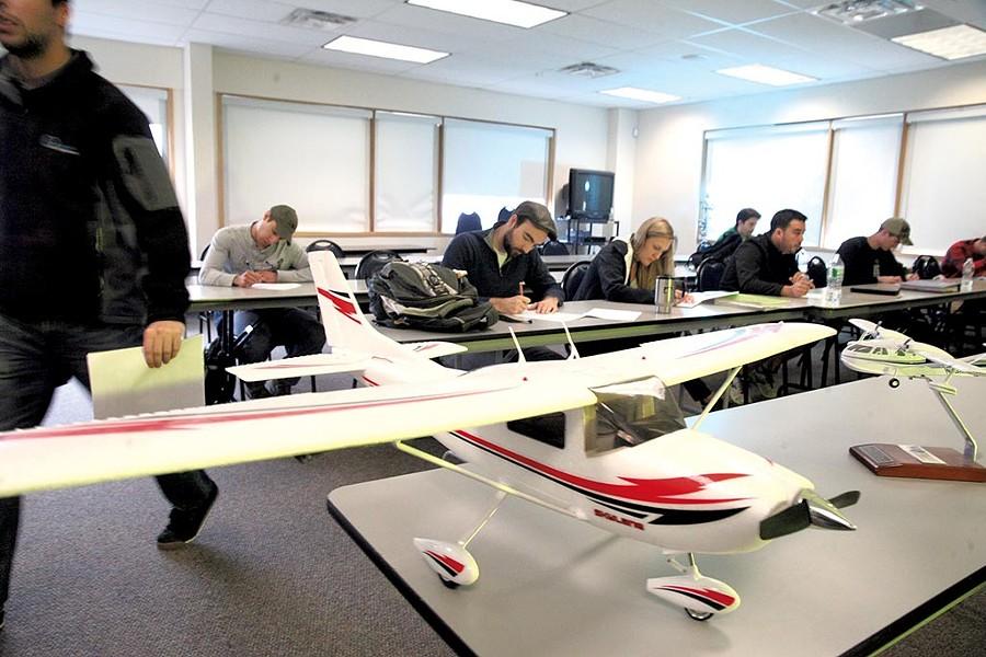Professional pilot class - MATTHEW THORSEN