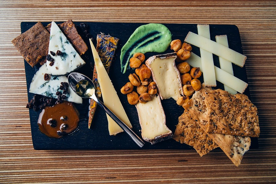 Sample cheese plate at Dedalus Wine - DEDALUS / JESSICA SIPE