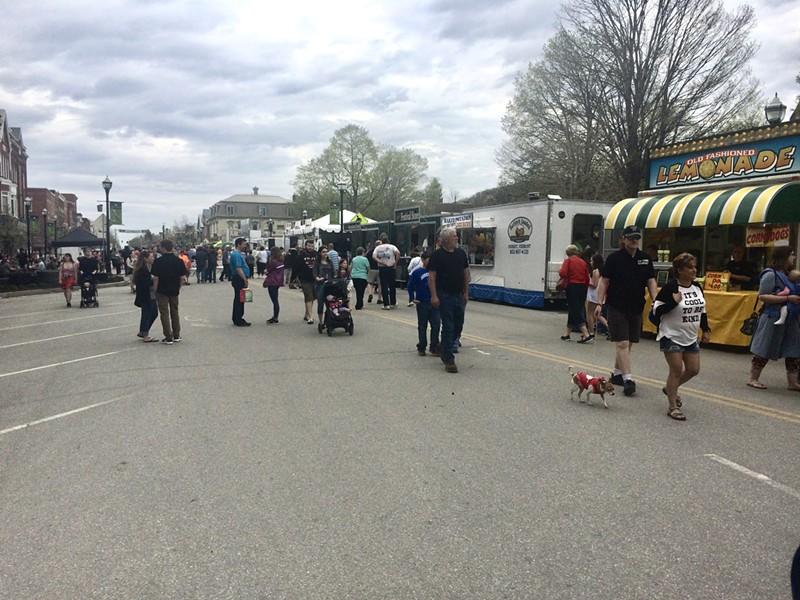 Vermont Maple Festival - SUZANNE PODHAIZER