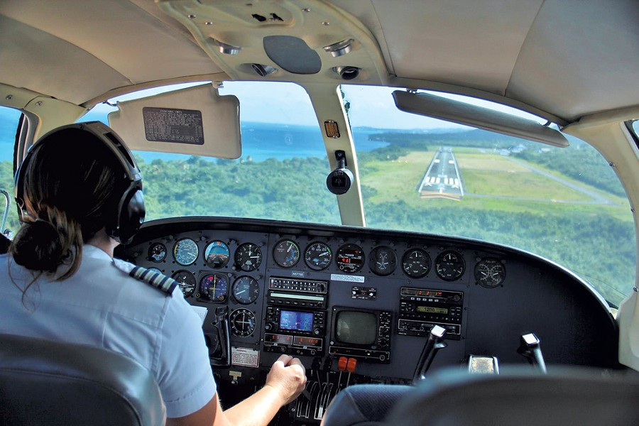 Jennifer Davis flying into Vieques, Puerto Rico - COURTESY OF JENNIFER DAVIS