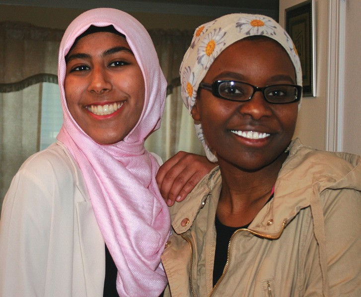 Kiran Waqar (left) 