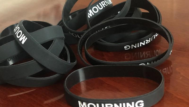 Mourning bracelets