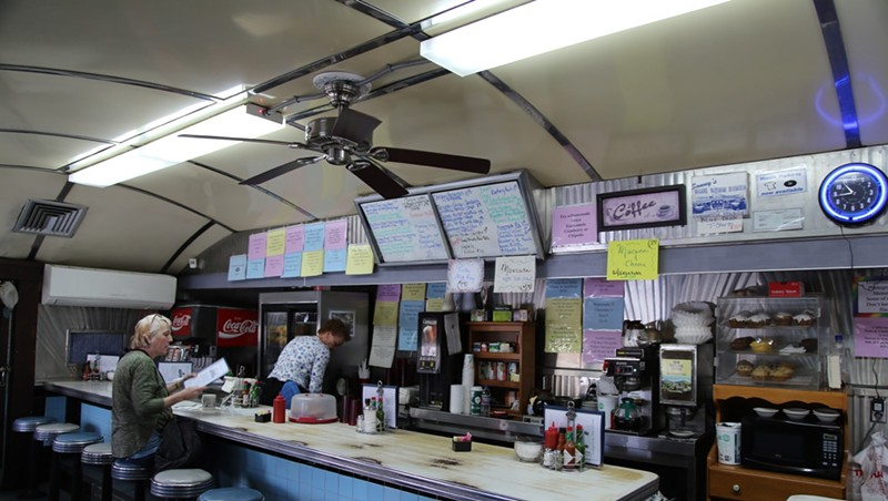 Iconic Sonny's Blue Benn Diner For Sale