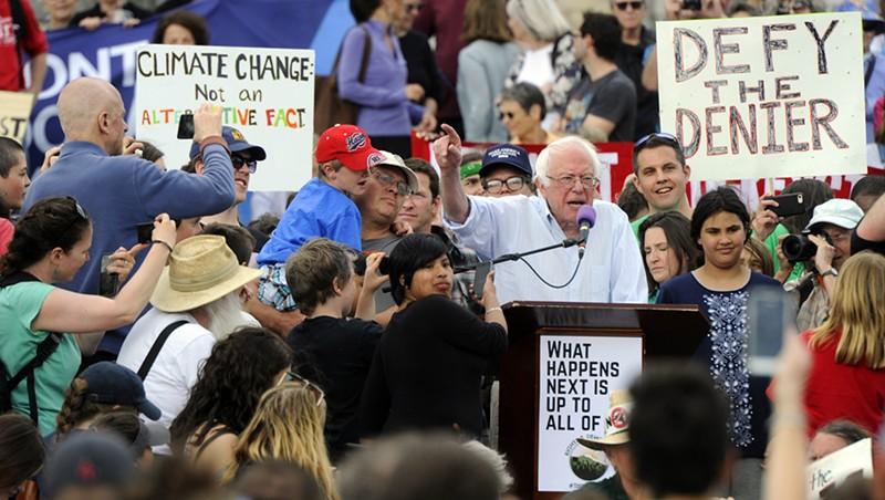 New Slideshow Sen. Bernie Sanders (I-Vt.) fires up the crowd. Jeb Wallace-Brodeur